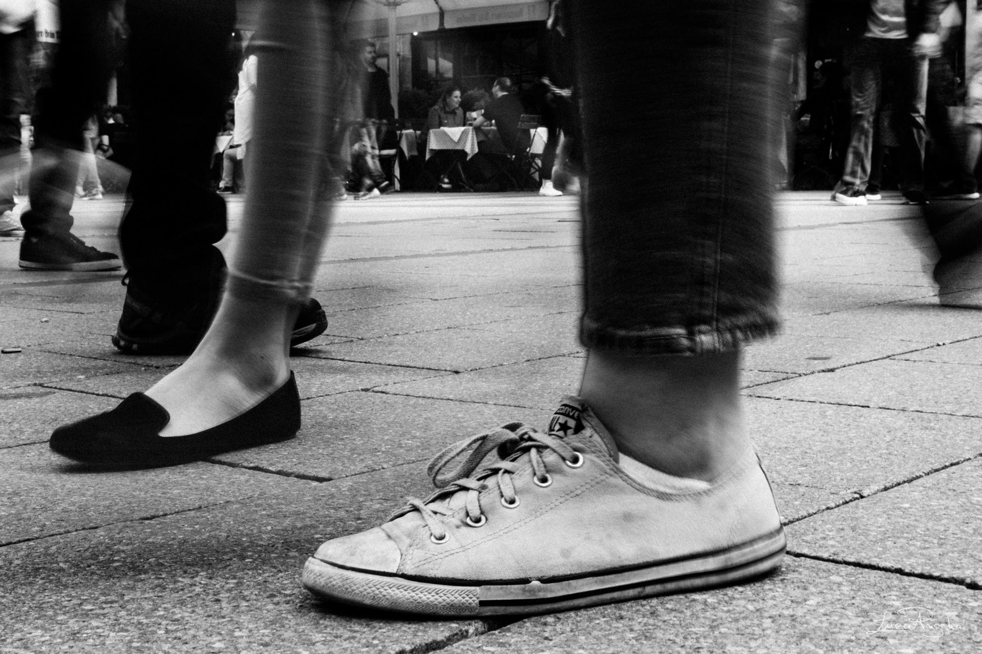 """- MONDO - CESARE CREMONINI """"... Ho visto un posto che mi piace si chiama Mondo, ci cammino, lo respiro, la mia vita è sempre intorno...""""⠀"""